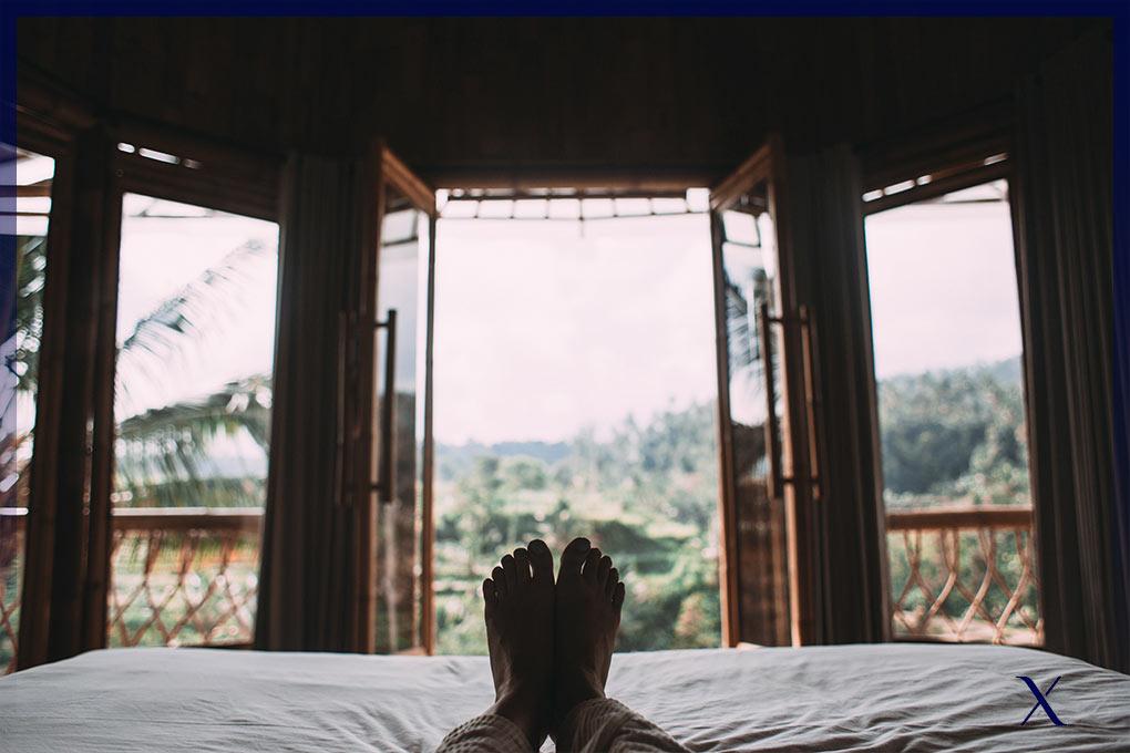 como-hacer-la-cama-de-hotel-perfecta-2